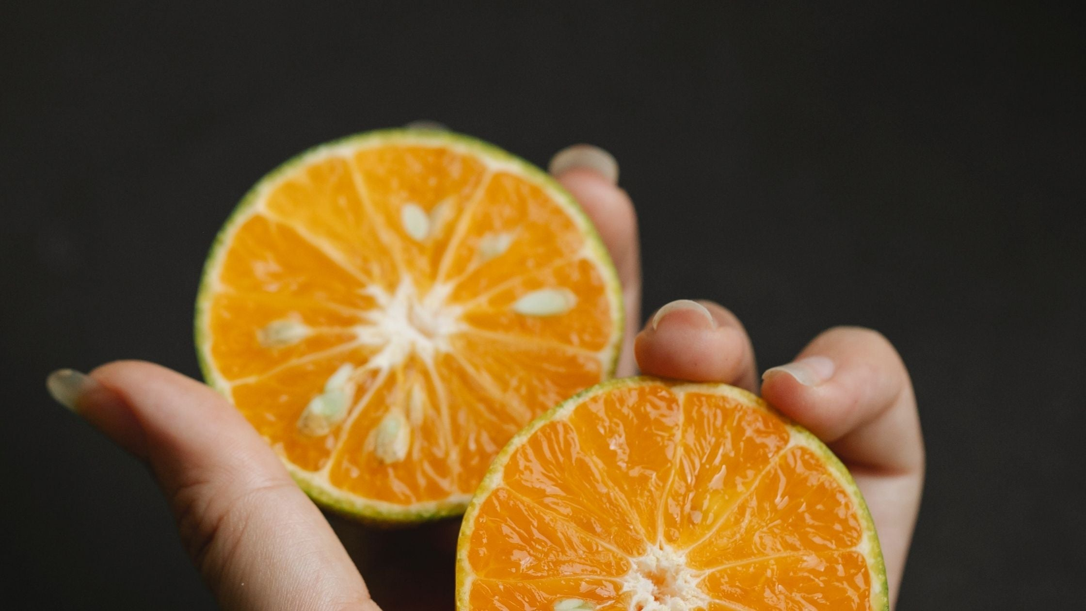 Is Vitamin C serum suitable for oily skin?