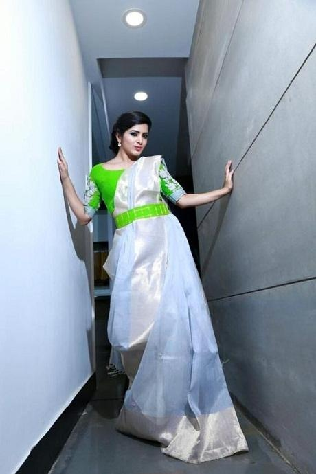 Admirable Off White Color Soft Silk Saree IS2504