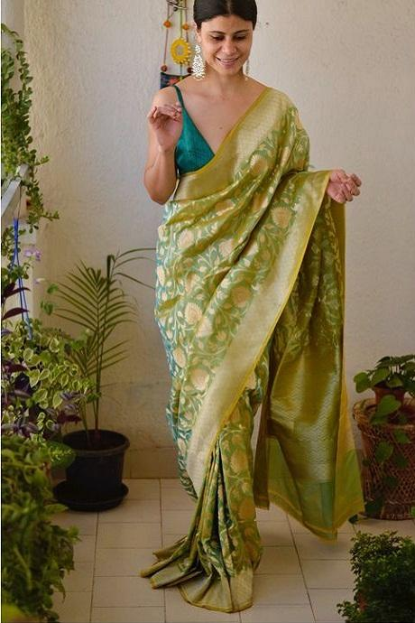 Captivating Green Colored Soft Cotton Silk Saree IS500