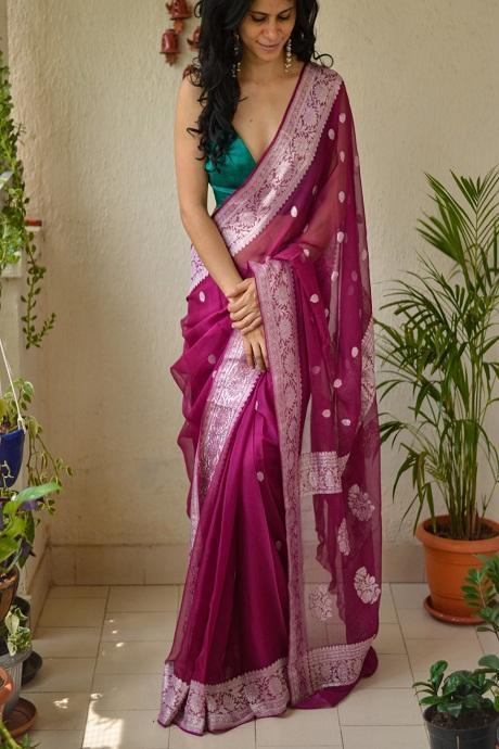 Dashing Gulabi Color Soft Cotton Silk Saree IS2566