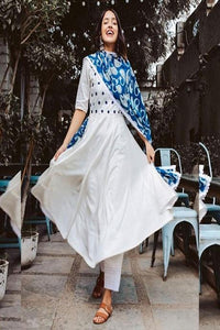 Beautiful White Color Suit With Printed Dupatta IS623