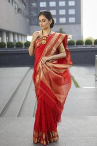Red Shade Handwoven Banarasi Silk Saree With Blouse Piece IS1280