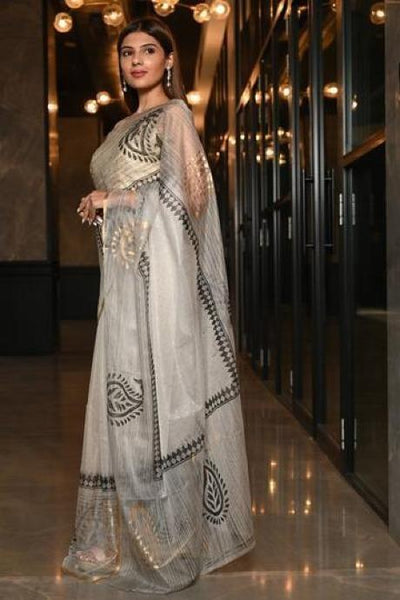 Impressive White Hand Block Print Pure Organza Silk Saree With Blouse IS901