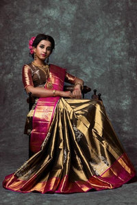 Traditional  Golden Color Hand weaving Designer Soft Silk Sarees IS2473