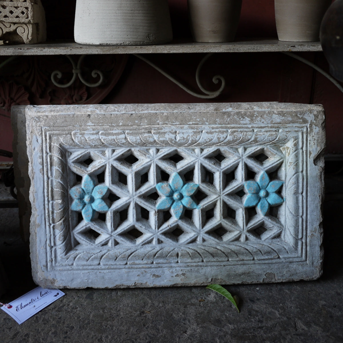 Square w Flowers-Stone Jali Panel