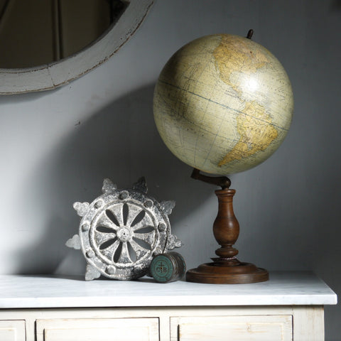 Original French Globe