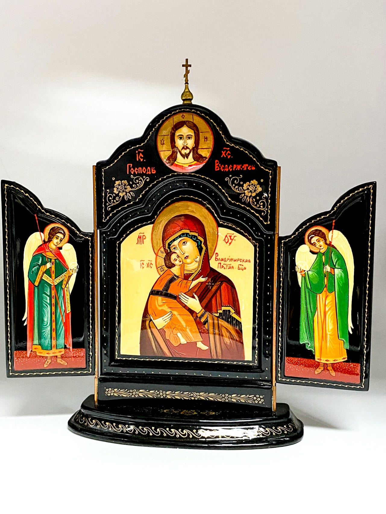 Russian Orthodox Byzantine Style Hand Painted Lacquer Triptych Altar Virgin Mary Mother And Child