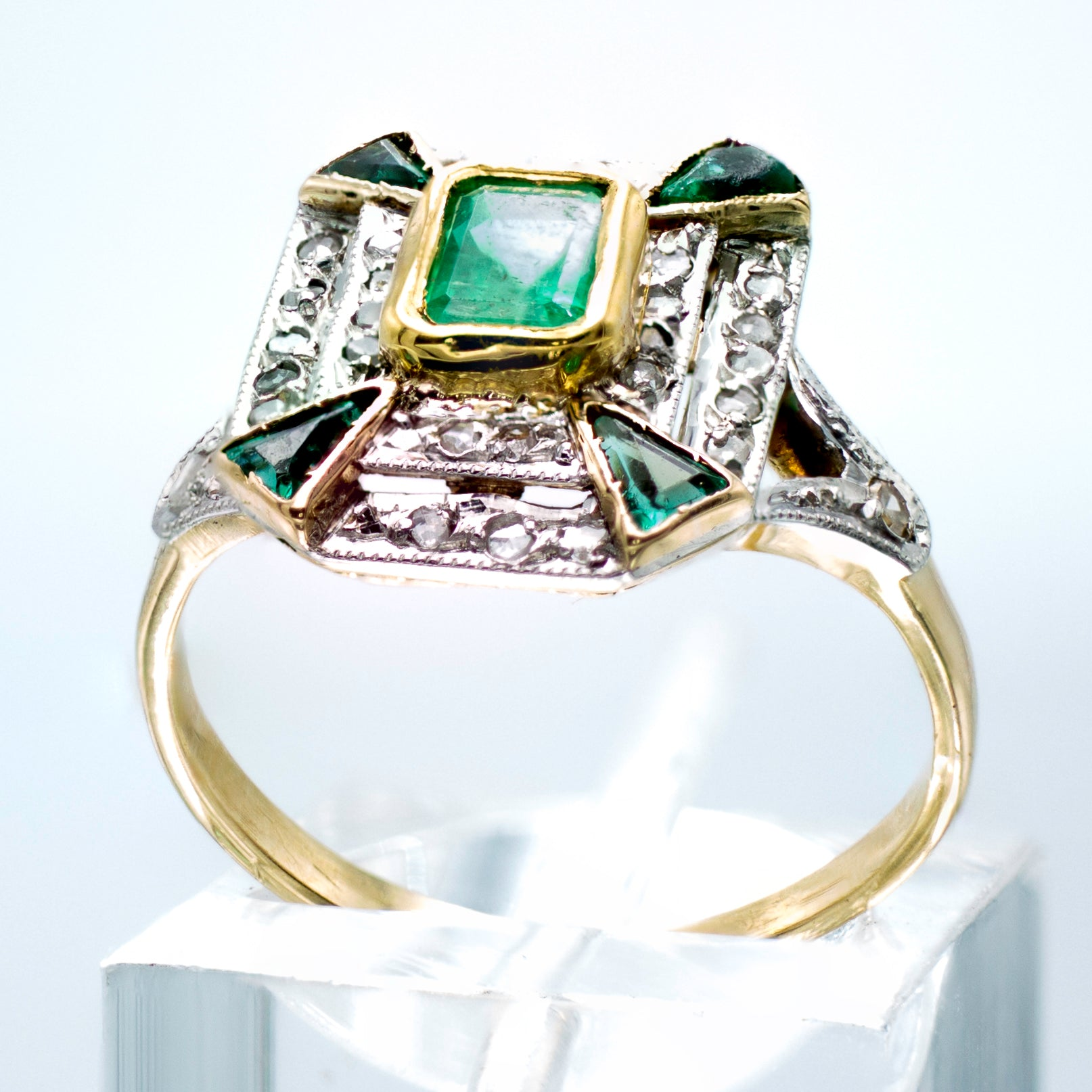 Art Deco Emerald & Diamond Ring Yellow Gold & Platinum