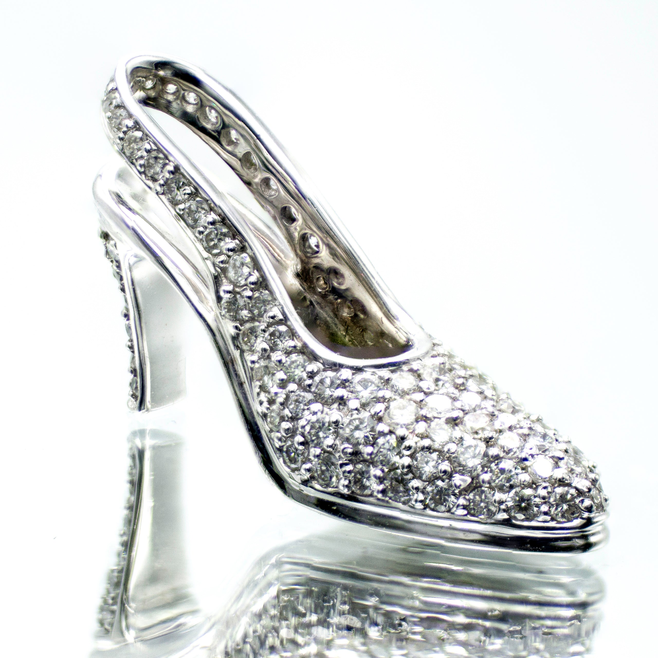 French Pavé Diamond High Heel Shoe Pendant in 18K White Gold