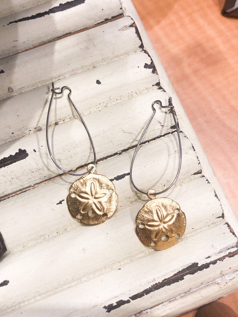 Coast2Coast Gold Sanddollar Dangle Earrings