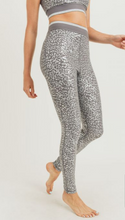 Load image into Gallery viewer, Leopard Leggings