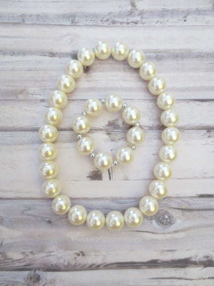 Pearl Toddler and Girl Necklace and Bracelet Set