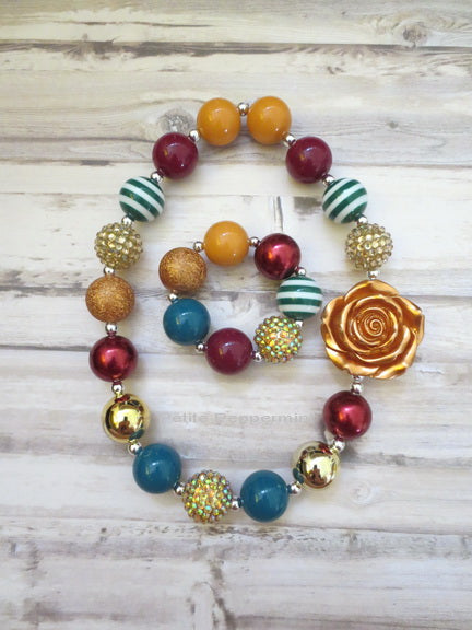Burgundy Green Gold Necklace and Bracelet
