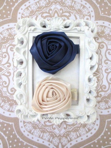 Navy Blue and Ivory Rosette Baby Hair Clip,Baby Girl Hair Clip,Toddler Hair Clip,Girl Hair Clip, Baby Flower Hair Clip, girl hair bow
