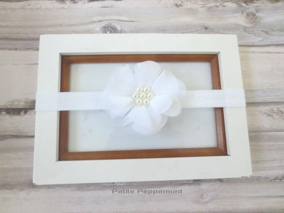 Baby headband, baby head band flower, girl headband, toddler headband, infant headband, newborn headband, white baby hair bow