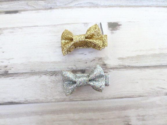 Silver Gold Baby hair clip, toddler hair clip, set of two bow hair clip, girl hair bow, girl hair clip, baby barrette