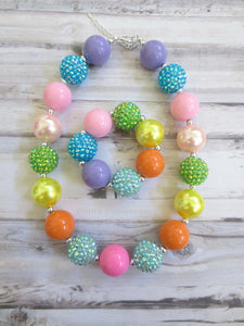 Rainbow Baby Necklace, Girls Chunky Necklace, Baby chunky necklace, Necklace for Girls, No Clasp Necklace, Rainbow Bead Necklace