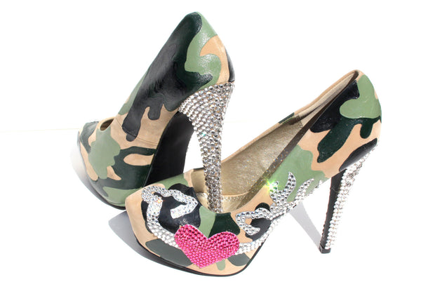 Camouflage Wedding Heels with Heart and Deers - Wicked Addiction