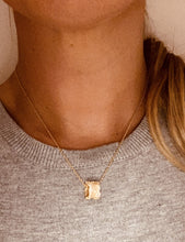 Load image into Gallery viewer, Gold Kendra Necklace