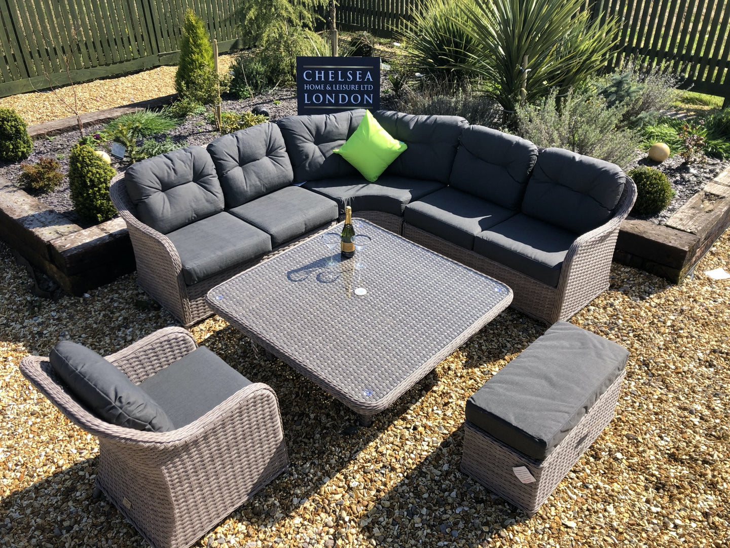 Rattan Garden Furniture Luxury Sofa Set