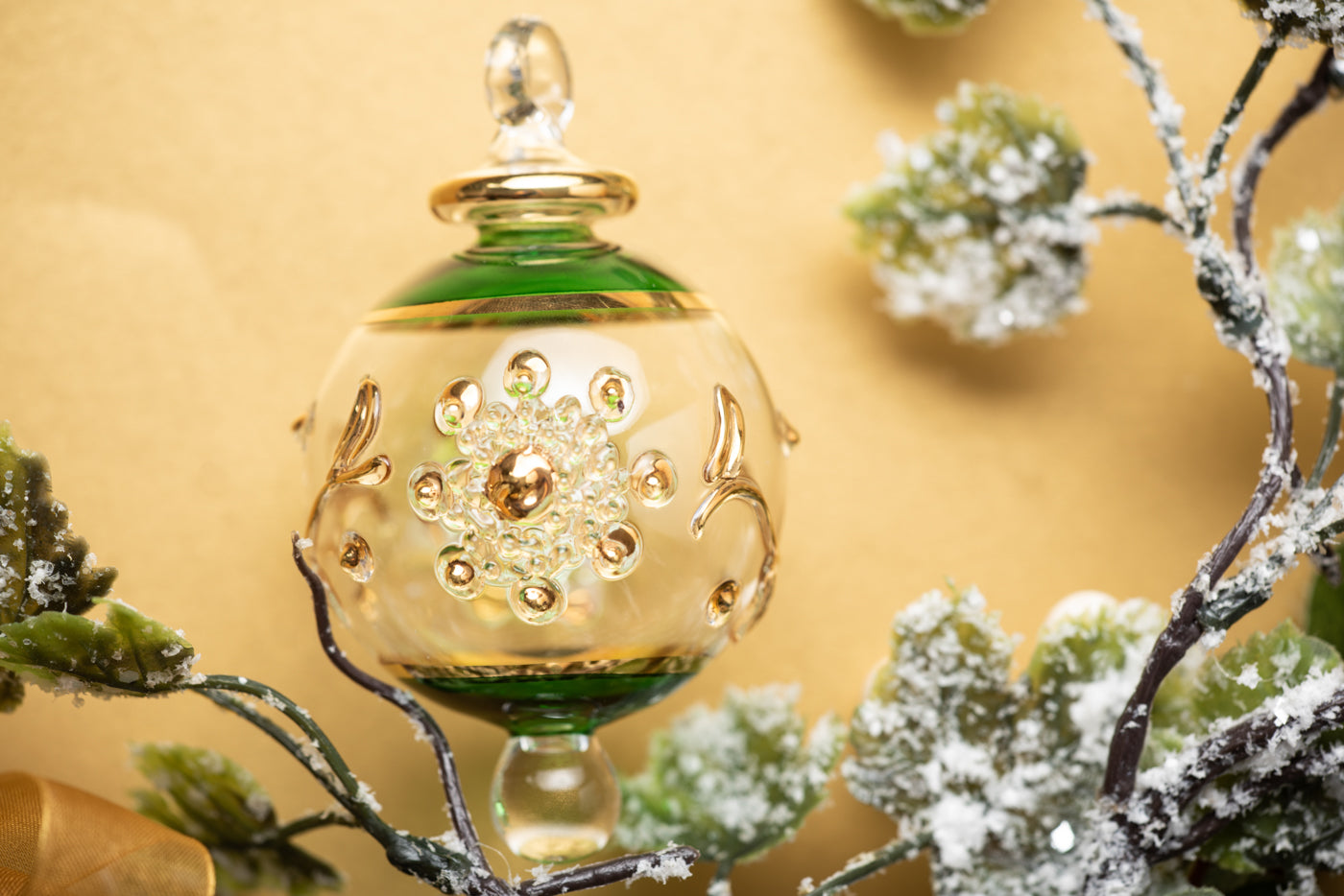 Victorian Gems Bauble