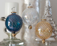 Load image into Gallery viewer, Yule Jewel Coloured Bauble