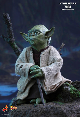 Star Wars EP V: The Empire Strikes Back Yoda 1/6th Scale Collectible Figure