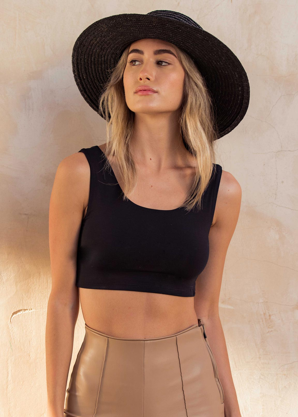 Lyse Cropped Tank - Black