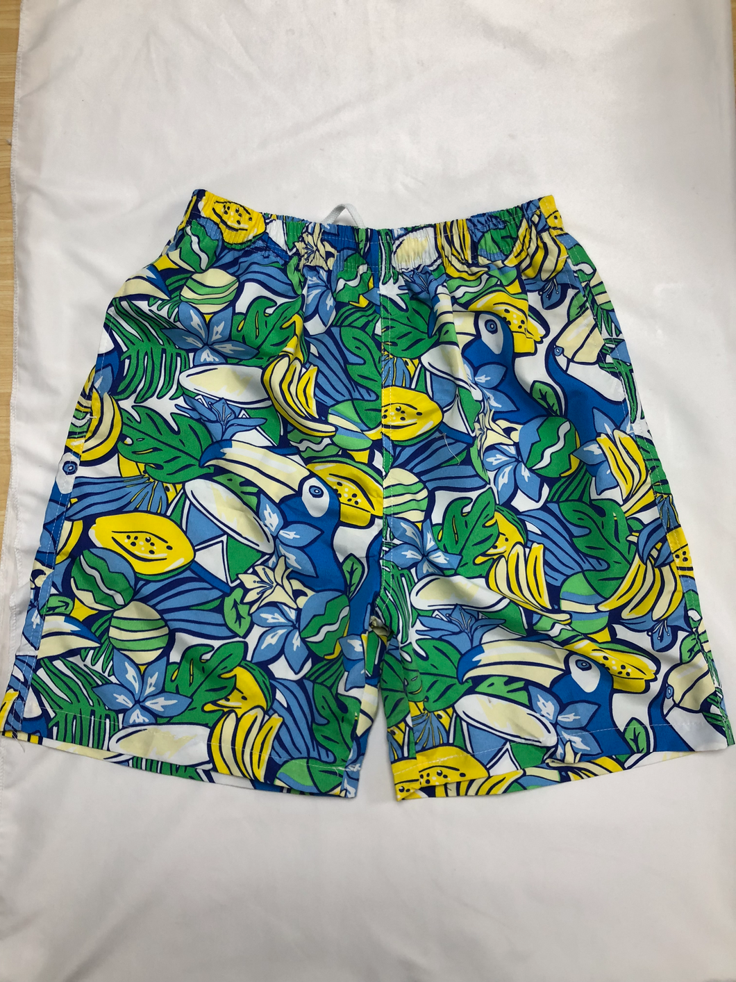 Qaedccue Men's Beachwear Colorful Beach Shorts with Lining