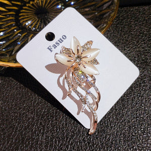 Fasuo Brooches for Clothing,Flower Brooches Pin for Women Beautiful Created Crystal Brooch
