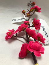 Load image into Gallery viewer, INSUNSIX Artificial Flowers Plum Blossom Artificial Flora Simulation Flower for Home Decorations, 5 Pcs