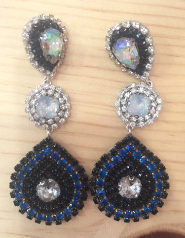 #085 Drop Crystal Earrings Black