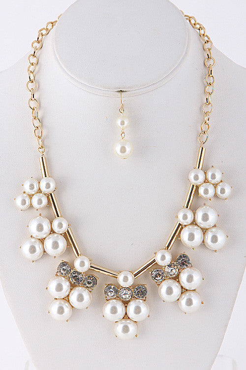 Pearl Piece Gold Statement Necklace