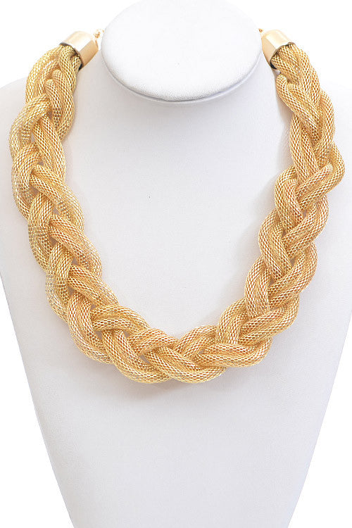 Elegant Gold Twisted Shape Chain Necklace