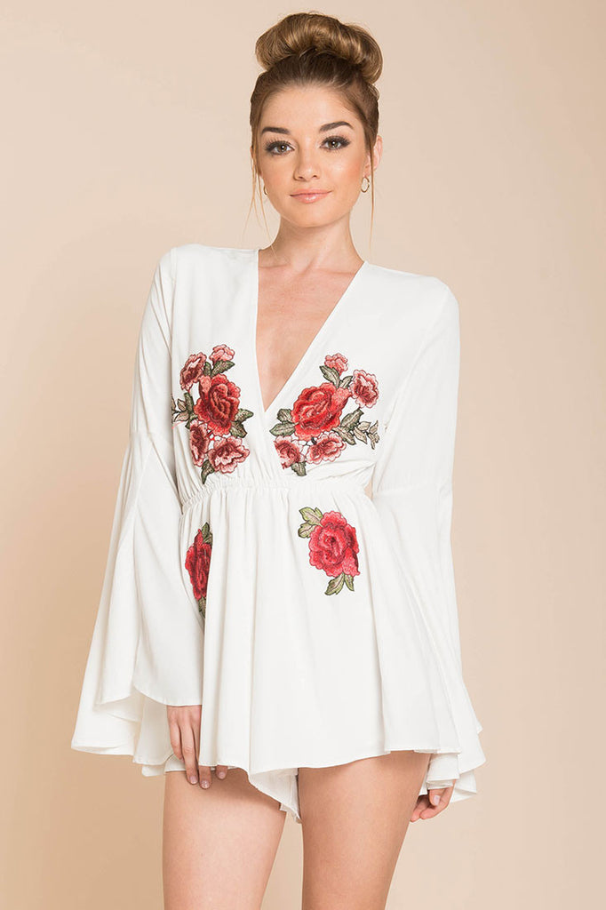 Fashion Rose Embroidery White Ruffle Romper With Bell Sleeve