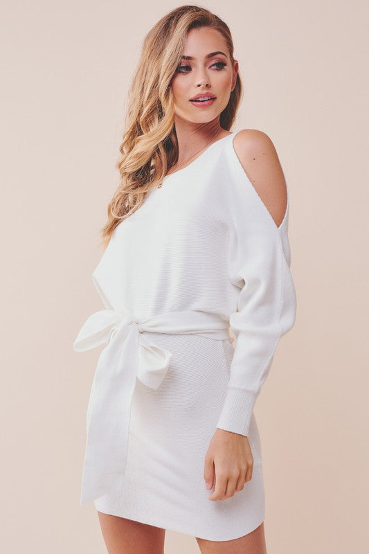Fashion Ivory Cold Shoulder Tie-Up Puffy Sleeve Sweater Dress