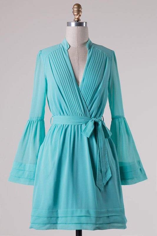Elegant Bell Sleeve Pleated Summer Mint Dress