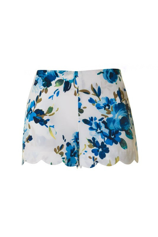 Scallop White Blue Floral Short