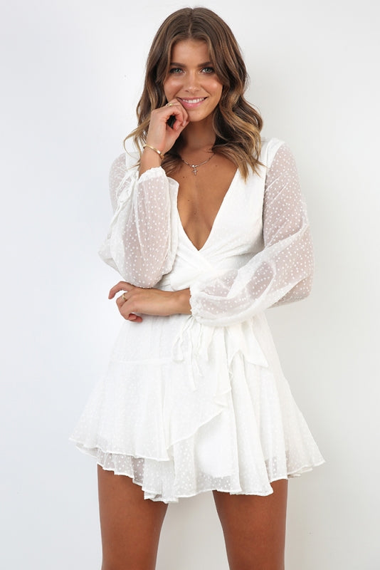 Fashion White Texture Detailed Ruffle Tie-Up Dress with Long Sleeve