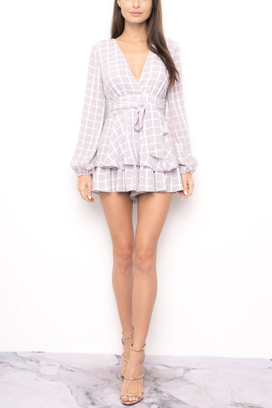 Fashion Ruffle Grey Checkered Romper with Long Sleeve