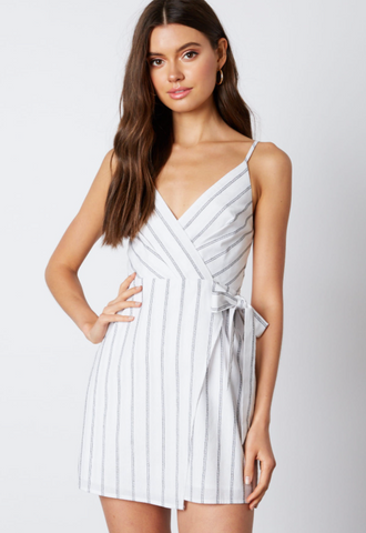 Fashion Summer Strap White Contrast Tie-Up Dress