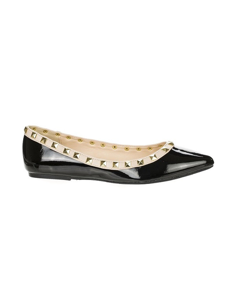 Fashion Black Flat with Rivet Decor