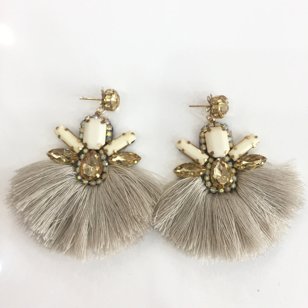Fashion Beige Tassel Designer Fringe Gold Crystal Pearl Earrings
