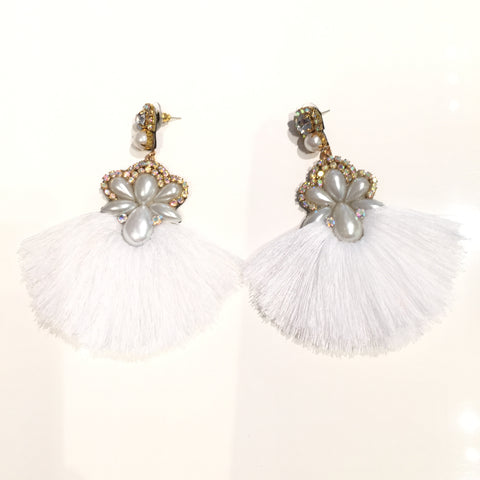 Fashion White Tassel Designer Long Fringe Pearls Earrings