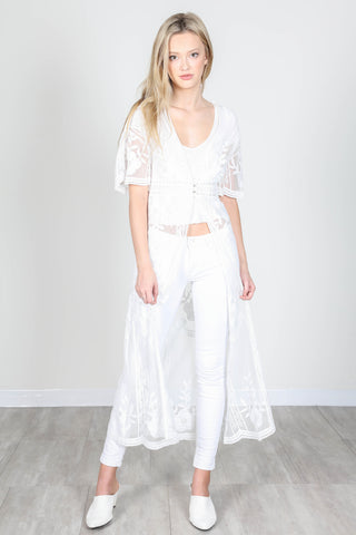 Fashion White Floral Lace Long Cardigan