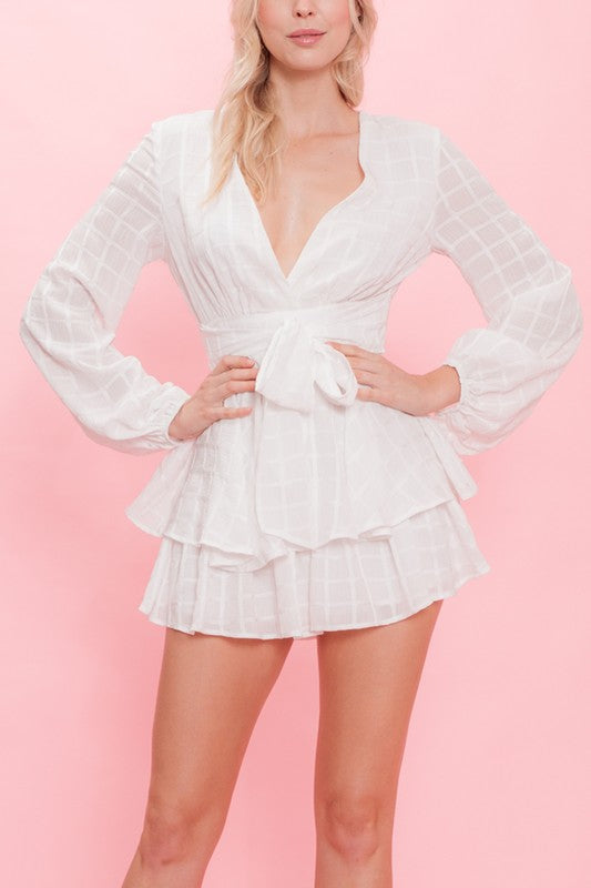 Fashion Ruffle White Checkered Romper with Long Sleeve