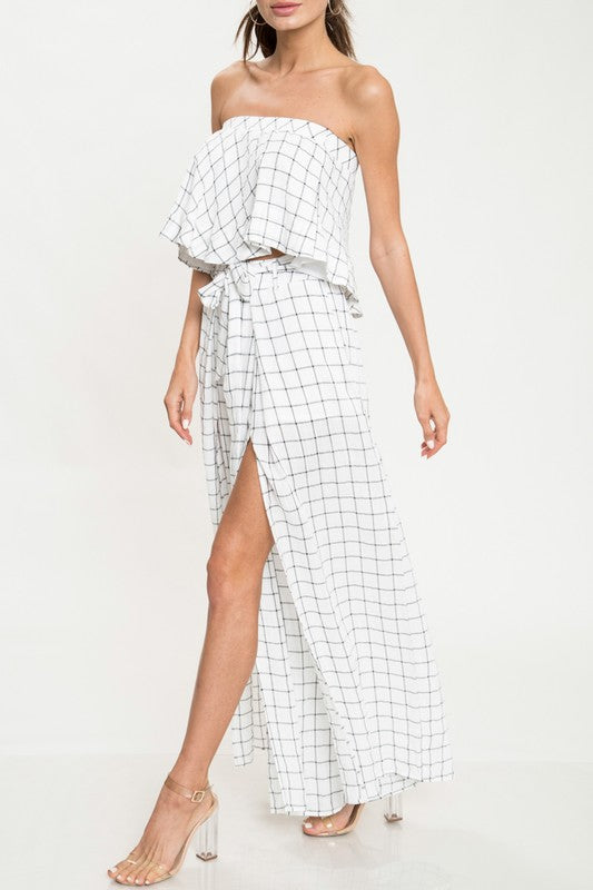 Elegant Strapless Ruffle Contrast Checkered Top