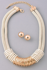 Spiral Detailed Gold White Necklace with Earrings