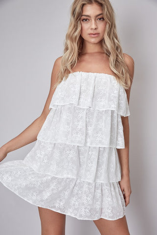 Fashion Summer Strapless White Floral Lace Ruffle Dress