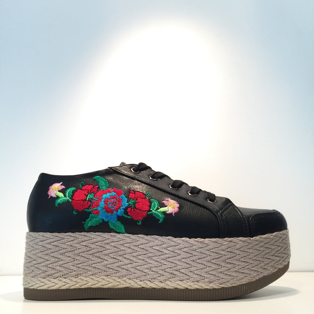 Black Rose Embroidery Sneaker Platform